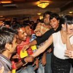 Veena Malik recieved 137 kisses on her hand - 8