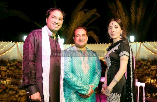 sharmila-farooqui-engagement-photo-pictures (1)