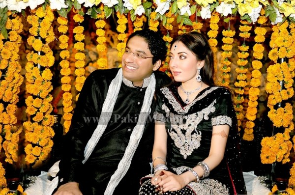 sharmila-farooqui-engagement-photo-pictures (2)