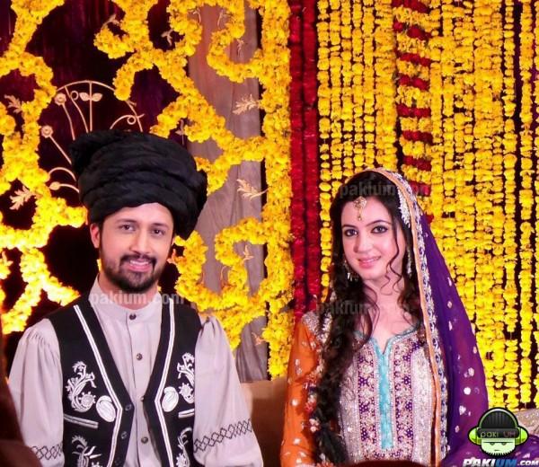 Atif Aslam wife sarah bharwana