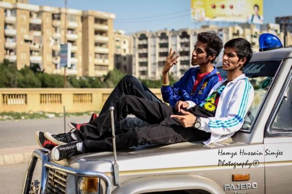 burger karachi young stunners