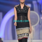 Asifa-Nabeel-Bridal-Couture-Week-2013 (2)
