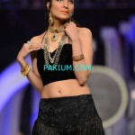 Nadia-Chotani-Bridal-Couture-Week-2013 (2)
