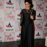 Saba Qamar at Lux Style Awards 2013 (Redcarpet)
