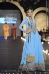 Fahad-Hussayn-PFDC-Loreal-paris-bridal-week-2013-day-2 (37)