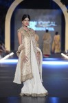 Misha-Lakhani-PFDC-Loreal-paris-bridal-week-2013-day-2 (17)