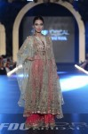 Misha-Lakhani-PFDC-Loreal-paris-bridal-week-2013-day-2 (3)