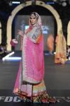 Nomi-Ansari-pfdc-loreal-paris-bridal-week-2013-day-3 (21)