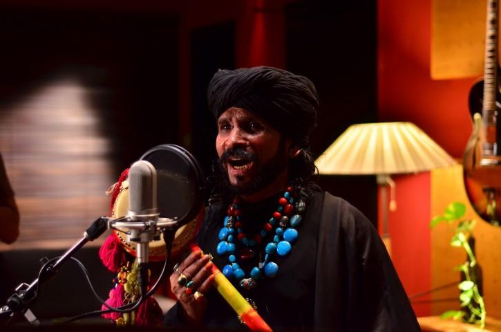 Saieen-Zahoor-coke-studio-season-6-episode-1 (6)