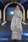 Sonia-Azhar-PFDC-Loreal-paris-bridal-week-2013-day-2 (16)