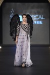 Sonia-Azhar-PFDC-Loreal-paris-bridal-week-2013-day-2 (5)