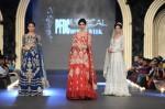 Zara-Shahjahan-pfdc-loreal-paris-bridal-week-2013-day-3 (13)