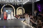 Zara-Shahjahan-pfdc-loreal-paris-bridal-week-2013-day-3 (16)