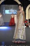 Zara-Shahjahan-pfdc-loreal-paris-bridal-week-2013-day-3 (2)