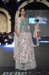 Zara-Shahjahan-pfdc-loreal-paris-bridal-week-2013-day-3 (21)