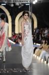 Zara-Shahjahan-pfdc-loreal-paris-bridal-week-2013-day-3 (25)