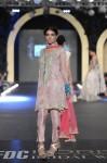 Zara-Shahjahan-pfdc-loreal-paris-bridal-week-2013-day-3 (26)