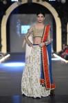 Zara-Shahjahan-pfdc-loreal-paris-bridal-week-2013-day-3 (33)