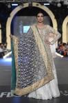 Zara-Shahjahan-pfdc-loreal-paris-bridal-week-2013-day-3 (38)