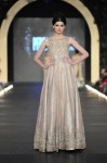 Zara-Shahjahan-pfdc-loreal-paris-bridal-week-2013-day-3 (39)