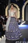 Zara-Shahjahan-pfdc-loreal-paris-bridal-week-2013-day-3 (5)