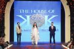 the-house-of-kamiar-rokni-pfdc-loreal-paris-bridal-week-2013-day-3 (107)