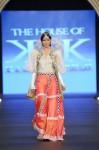 the-house-of-kamiar-rokni-pfdc-loreal-paris-bridal-week-2013-day-3 (31)