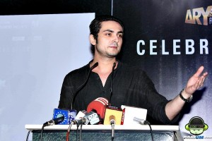 Bilal Lashari speaking at Waar Success Celebration