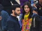 Fawad-Khan-and-Sonam-Kapoor-on-the-sets-of-upcoming-bollywood-movie-Khoobsurat (5)