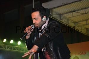 Farhad Humayun Performing