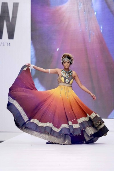 Bank-Alfala-Graduate-Show-FPW-S2014-day-1 (1)