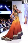 Bank-Alfala-Graduate-Show-FPW-S2014-day-1 (2)