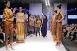 Gul-Ahmed-pakistan-fashion-week-day-3 (3)