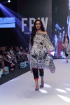Gulabo-Fashion-Pakistan-Week-Day-2 (5)