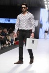 Jafferjees-Fashion-Pakistan-Week-Day-2 (1)