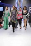 Jafferjees-Fashion-Pakistan-Week-Day-2 (2)