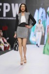Jafferjees-Fashion-Pakistan-Week-Day-2 (3)