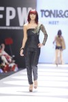 Maheen-Karim-Fashion-Pakistan-Week-Day-2 (3)