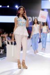 Maybelline-Trend-Show-Fashion-Pakistan-Week-Day-2 (4)