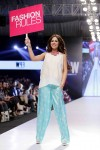 Maybelline-Trend-Show-Fashion-Pakistan-Week-Day-2 (5)