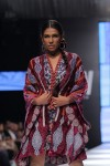 Shamaeel-Ansari-Fashion-Pakistan-Week-Day-2 (3)