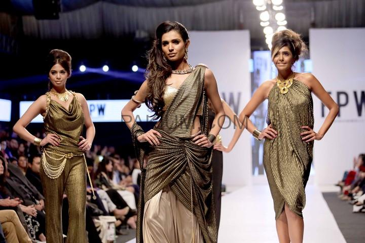 Shehla-Chatoor-FPW-S2014-day-1 (2)