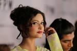 fashion-pakistan-week-2014-backstage-pictures (54)