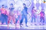 Ahsan-Mehwish-dance-2nd-HUM-AWARDS-2014 (17)