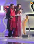 Alamgir-Ayesha-Omar-2nd-HUM-AWARDS-2014 (7)
