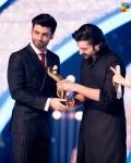 Fawad-Khan-Hamza-Ali-Abbasi-2nd-HUM-AWARDS-2014 (51)