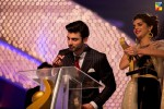 Fawad-Khan-Sanam-Saeed-2nd-HUM-AWARDS-2014 (42)