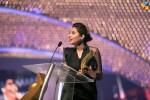 Mahira-Khan-2nd-HUM-AWARDS-2014 (27)