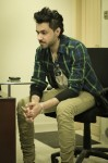 Roxen-Live-in-Karachi-at-Iqra-university-on-28th-Feb-2014 (34)