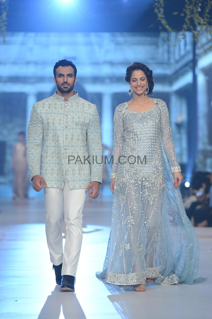 Day 2 Photos: Review of Pantene Bridal Couture Week 2014